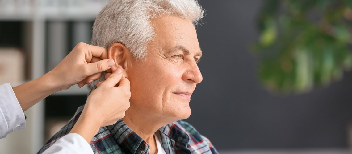 4-Easy-Tips-for-Getting-Used-to-New-Hearing-Aids